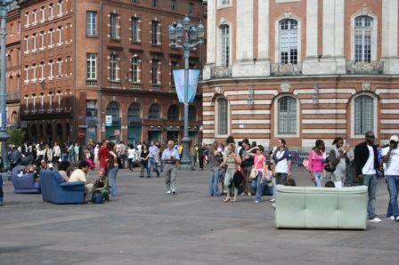 Place du Capitole de Toulouse le jour de la Capitada