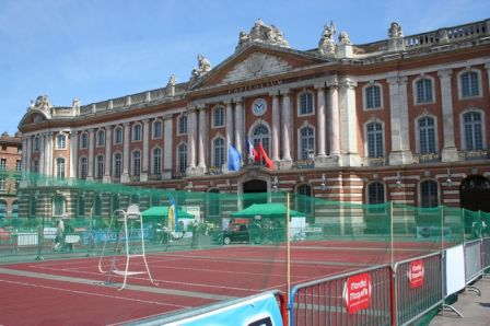 tenniscapitole.JPG